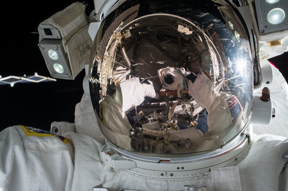 NASA New Moon 20191022130602 20191022130602